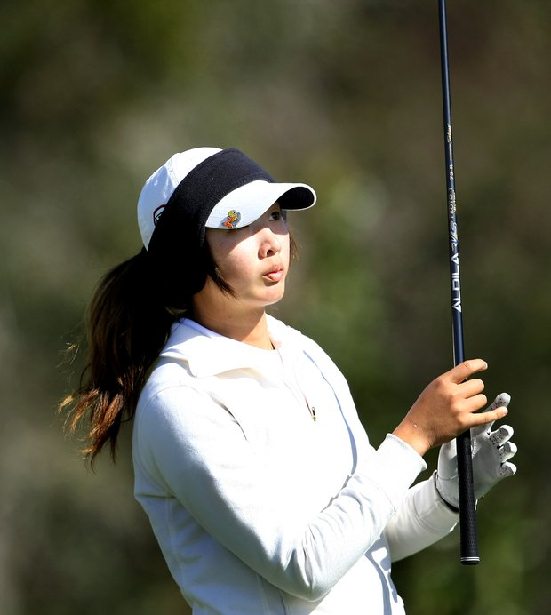 Doris Chen at No. 3 during Round 2. Chen is tied for 7th after round 2.