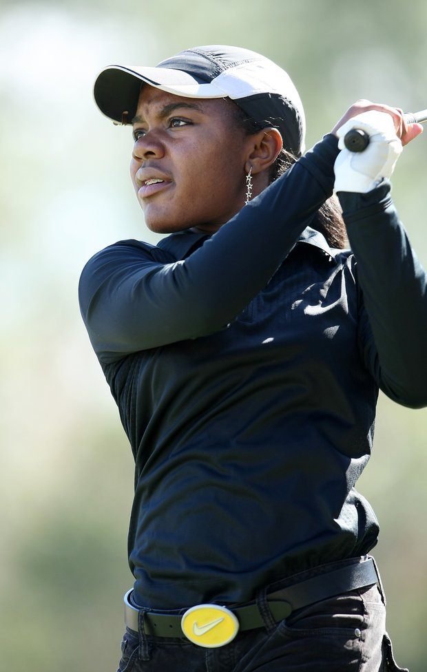 Mariah Stackhouse hits her tee shot at No. 6. Stackhouse is currently tied for 7th place.