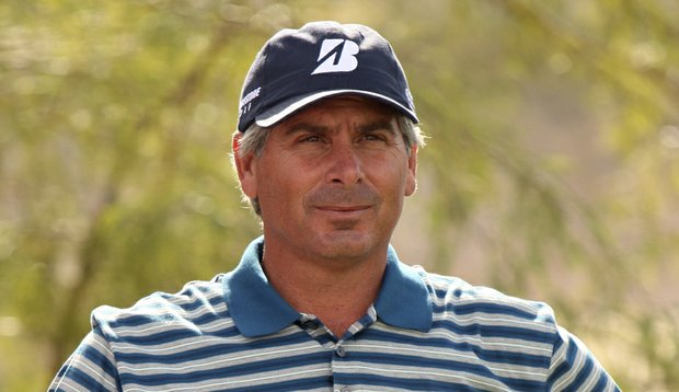 Fred Couples put the finishing touches on a second-round 67 Sunday.