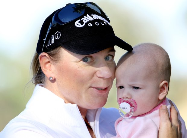 Annika Sorenstam with her baby girl, Ava, during the final round.