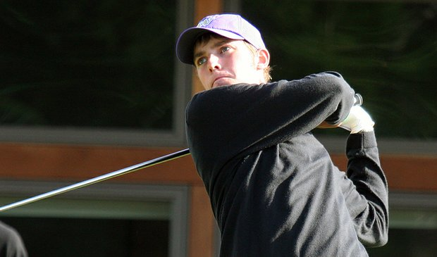 Washington freshman Chris Williams leads after two rounds at the Battle at the Beach.