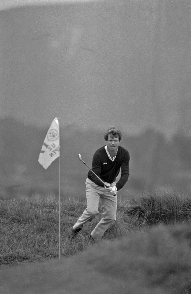 Tom Watson chips in for birdie on No. 17 at Pebble Beach en route to winning the 1982 U.S. Open.
