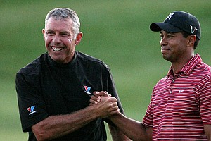 Steve Williams with Tiger Woods after the 2009 Arnold Palmer Invitational.