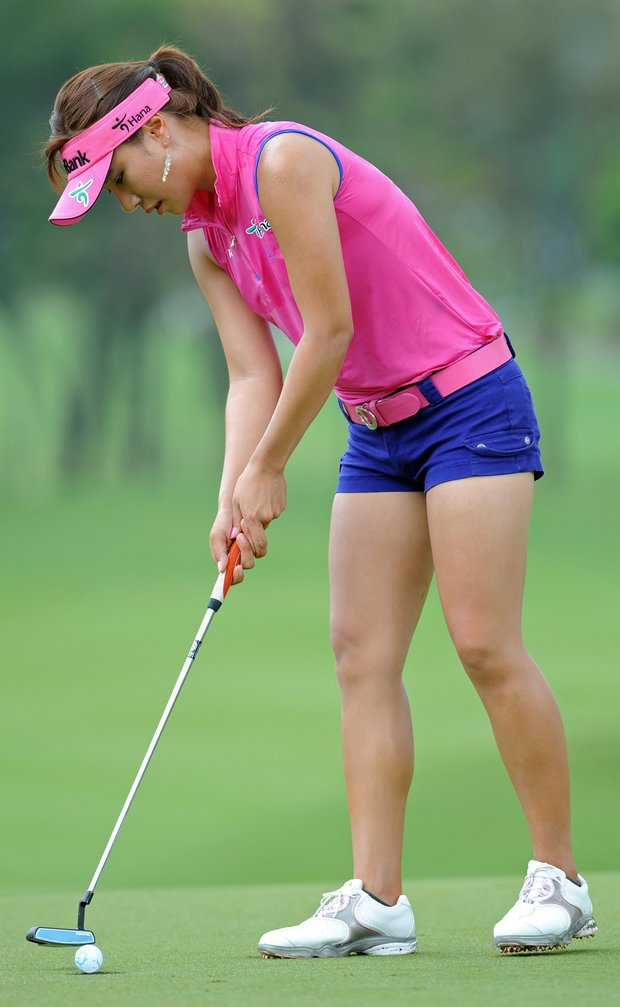 Hee Young Park turns heads during the Honda PTT LPGA Thailand.