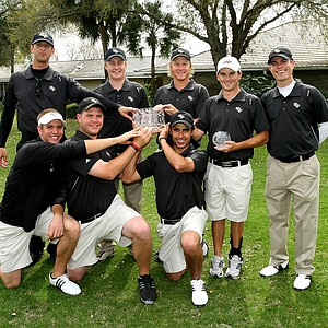 University of Central Florida pose with the trophy after winning the Rio Pinar Invitational by 19 shots.