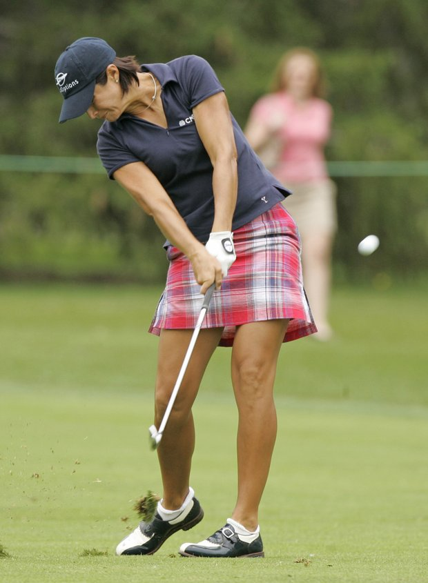 Laura Diaz hits a shot at the 2009 Jamie Farr Owens Corning Classic.