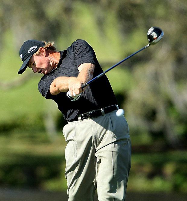 Ernie Els posted a second-round 3-under 69 at the Arnold Palmer Invitational and holds a share of the lead.