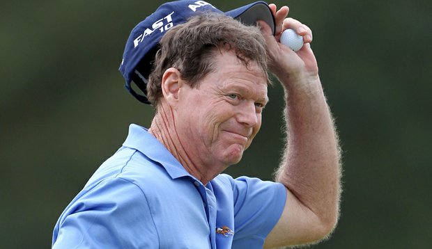 Tom Watson acknowledges the gallery after capping off an opening-round 5-under 67 Thursday at the Masters.