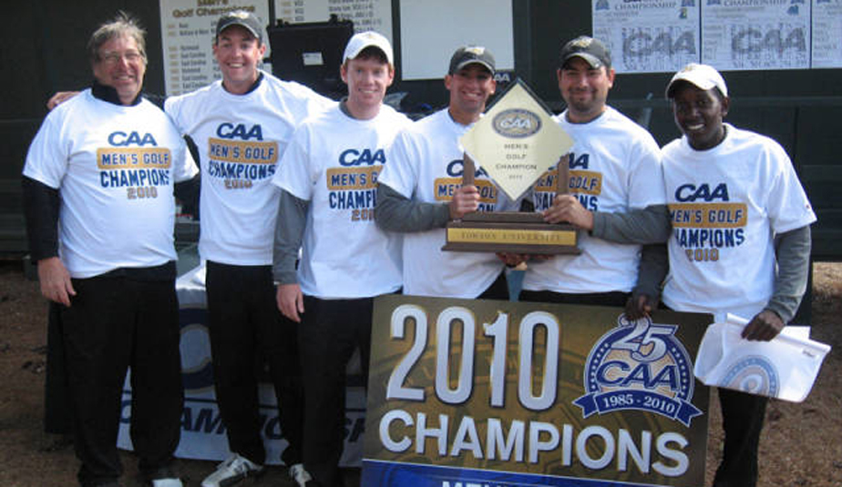 The Towson men's golf team celebrates their victory at the CAA Championship.