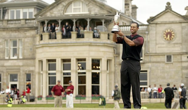Tiger Woods won the 2000 British Open at St. Andrews.