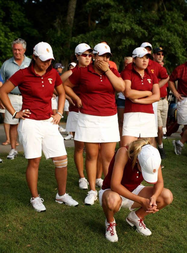 USC, with Belen Mozo, in the front, show their disappointment after losing the Women's NCAA Championship.