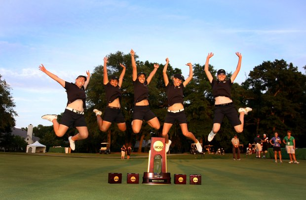 Purdue poses for pictures after winning the Women's NCAA Championship by one stroke over USC.