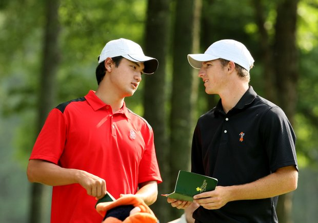 Stanford's Sihwan Kim, left, and Oklahoma State's Morgan Hoffmann, at No. 10 during Round 2.