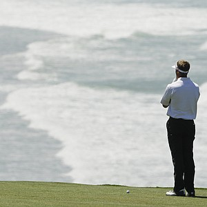 Stuart Appleby contemplates his second shot on the ninth hole Wednesday at Pebble Beach.