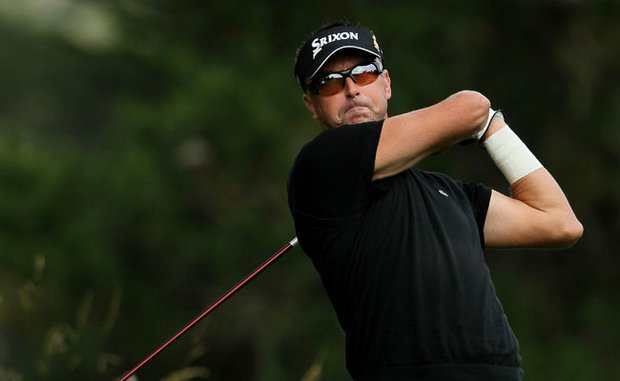 Robert Allenby of Australia injured his left wrist in a boating accident on Sunday, but that didn't stop him from making the cut.