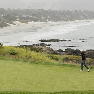 Jason Allred walks to his ball on the eighth green during the second round of the U.S. Open.