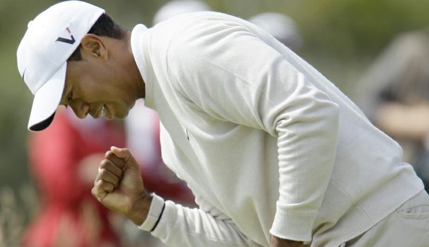 Tiger Woods made five birdies during his back nine in Round 3 on his way to a 5-under 66.