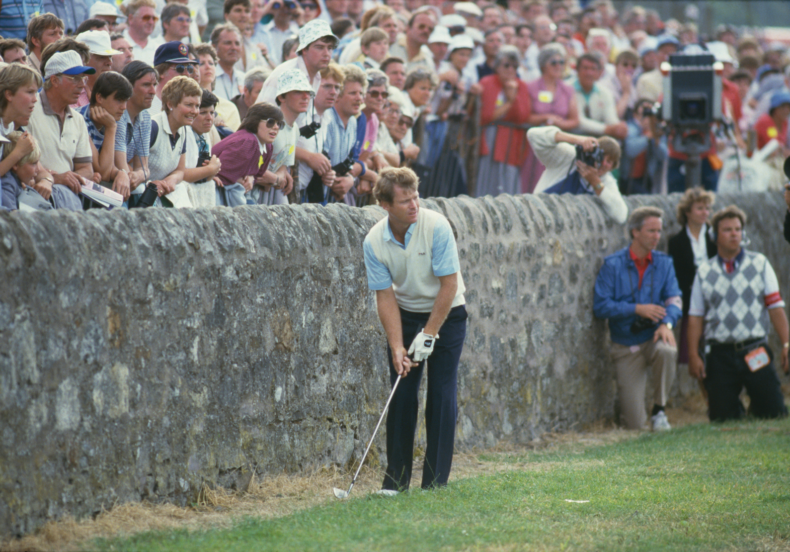 Tom Watson misses a sixth Open title by making bogey at 17.
