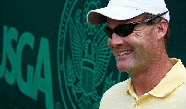 Greg Robertson caddied for Maria Hernandez at the U.S. Women's Open.