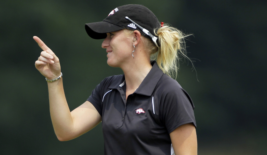 Kelli Shean opened the U.S. Women's Open with a 1-under 70 at Oakmont Country Club.
