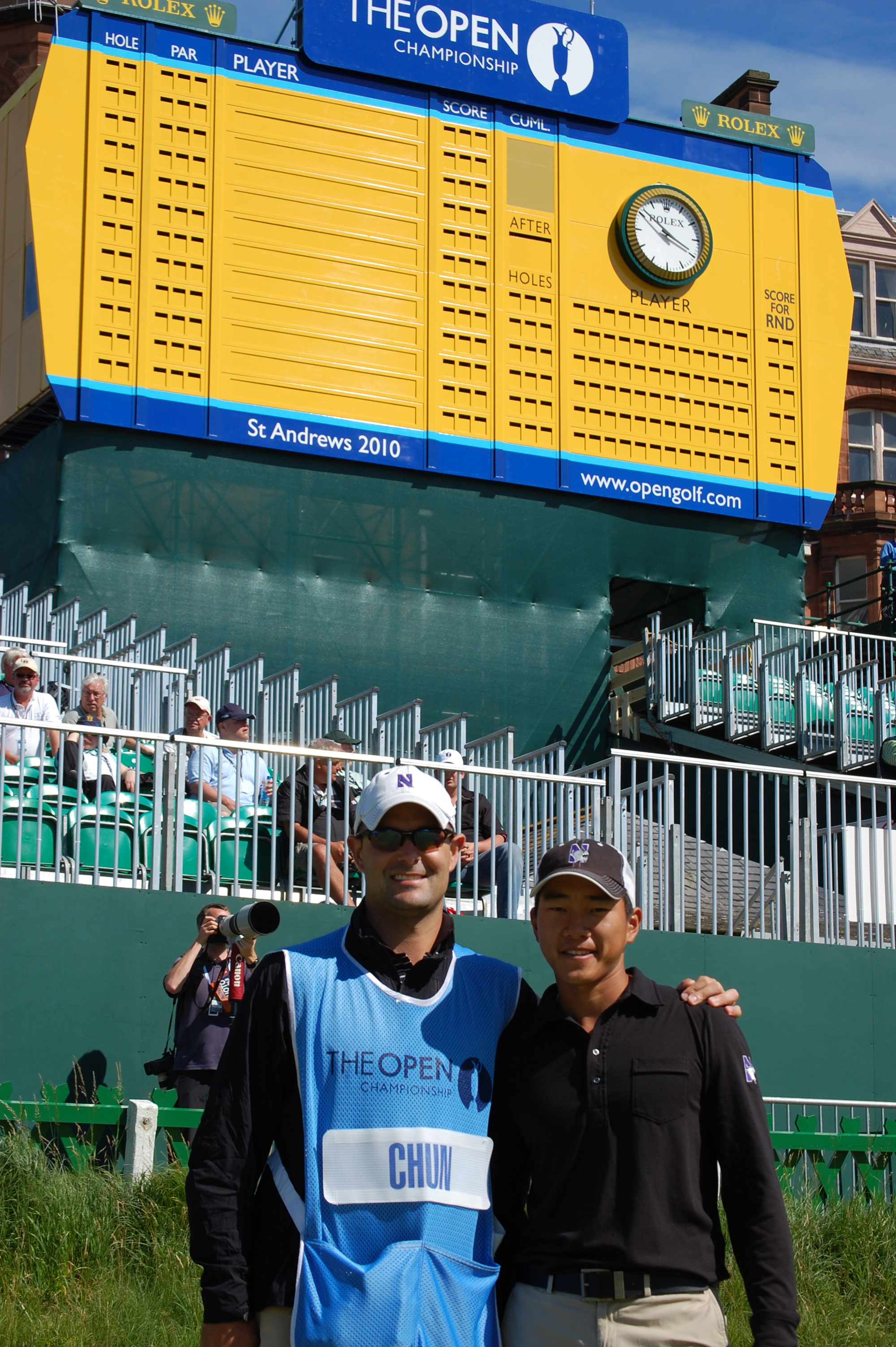 Caddie Steve Bailey and Northwestern junior Eric Chun at St. Andrews.