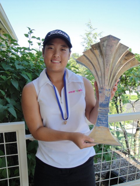 Anna Kim after winning the Women's Western Junior Championship.