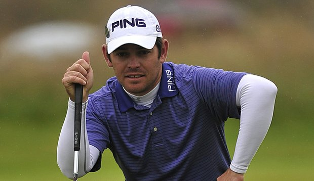 Louis Oosthuizen reads a putt during Round 2 of the British Open.