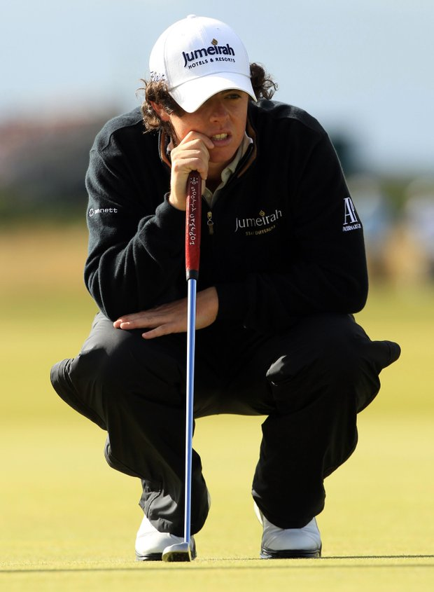 Rory McIlroy sank to an 80 in the second round of the British Open.