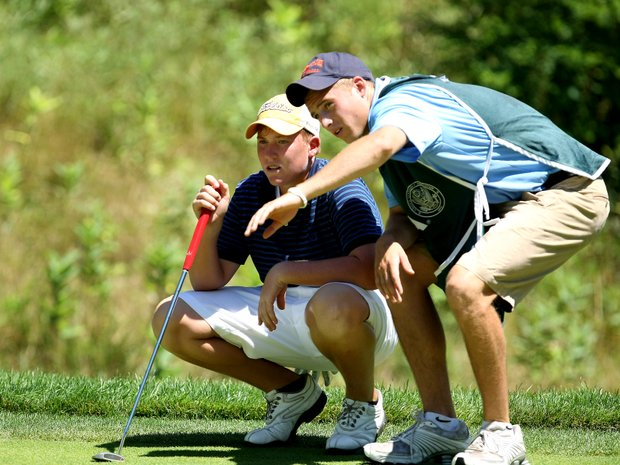Robby Shelton and his caddie Brian Barkley at No. 9 during the semifinals. Shelton lost to Jim Liu.
