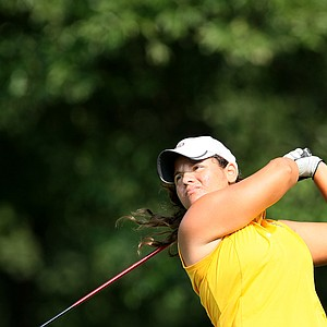 Jessica Negron watches her tee shot at No.1 during Tuesday stroke play.