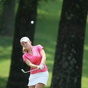 Brooke Pancake chips up at No. 9 on Tuesday.