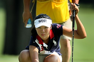 Erynne Lee lines up a putt at No. 8 during Thursday's  Round of 16. Lee defeated Lizette Salas 3 & 1.