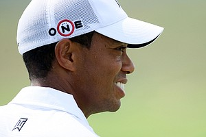 Tiger Woods turned in a 1-under 71 in the first round of the PGA Championship.