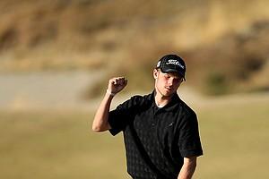 T. J. Bordeaux of Tacoma, Wash., makes birdie at No. 17.