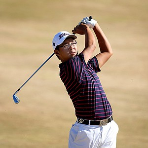 U.S. Junior champion Jim Liu watches his shot at No. 6 at Chambers Bay.