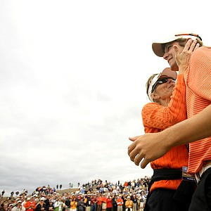 Peter Uihlein gets a hug from his mother, Tina, after winning the U.S. Amateur Championship over David Chung, 4 & 2.