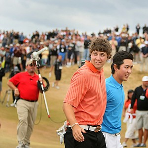 Peter Uihlein and David Chung on the final hole of the 110th U.S. Amateur Championship.