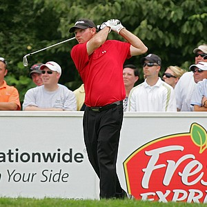"Tommy ""Two Gloves"" Gainey during the Nationwide Tour's Chiquita Classic. Gainey has emerged as a fan favorite."