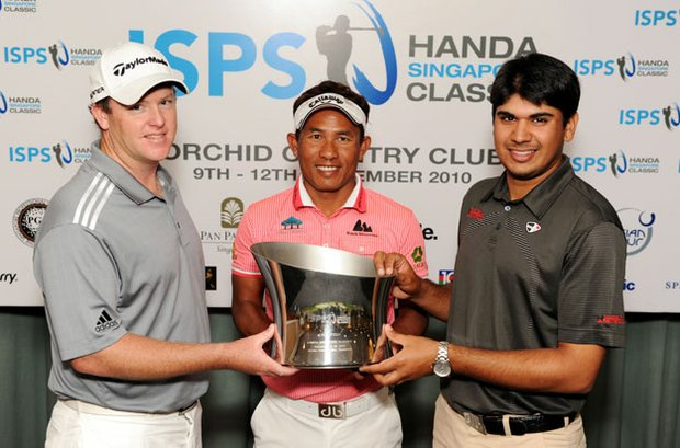 Marcus Fraser, Thongchai Jaidee and Gaganjeet Bhullar at the Handa Singapore Classic press conference.