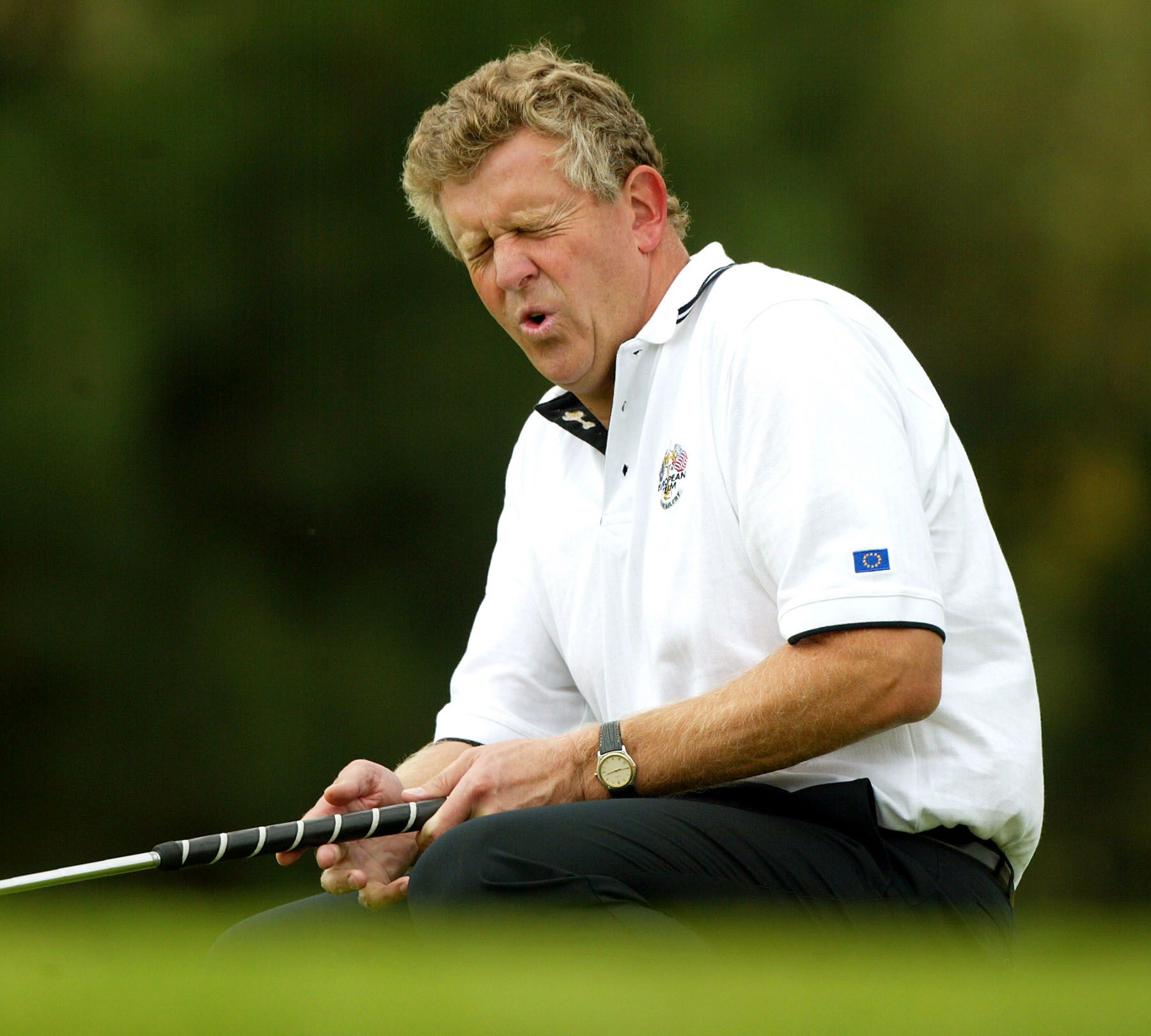 Colin Montgomerie after missing a putt during the 2002 Ryder Cup.