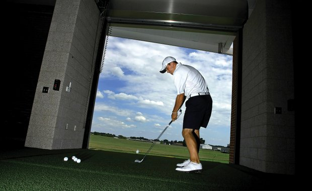 Scott Langley practices at Illinois' all-weather facility.