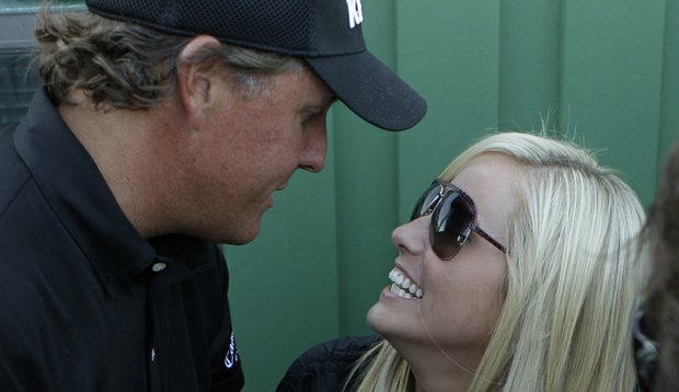 Phil Mickelson and wife Amy at the 2010 Masters.
