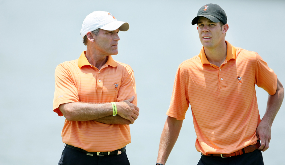 Oklahoma State coach Mike McGraw and Kevin Tway at the 2010 national championship.