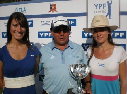 Mauricio Molina won the 2010 YPF Classic.