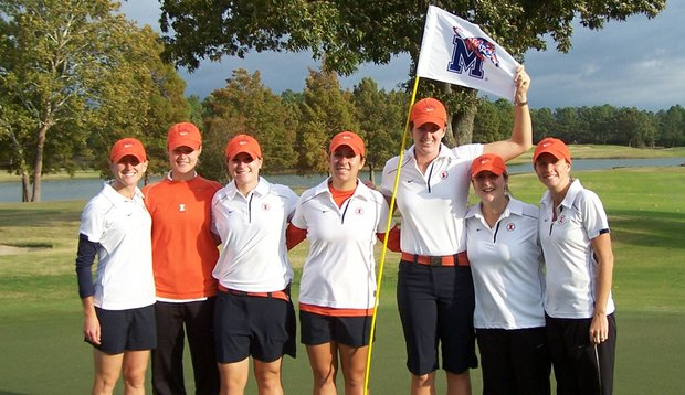 Illinois, from left: head coach Renee Slone, Hailey Koschmann, Ember Schuldt, Sammi Sloan, Nora Lucas, Katie Dilger and assistant coach Stephanie Wagemann.