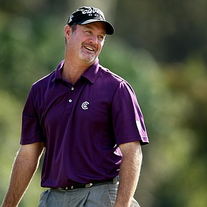 Jerry Kelly at No. 18 posted a first round 66.