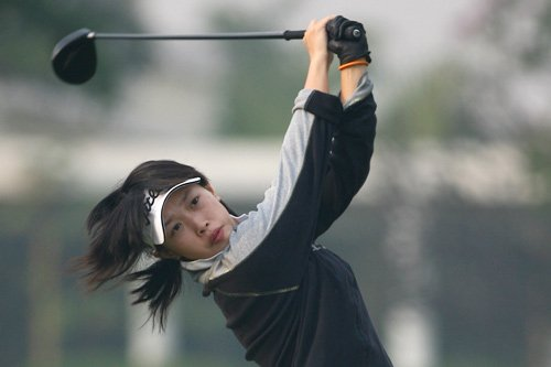 Li Jiayun leads the China women's team at the Asian Games.