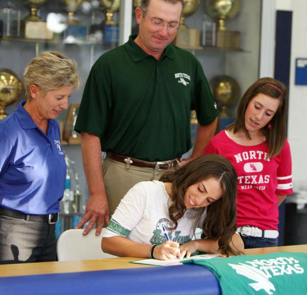 McKenzie Ralston signed with North Texas.