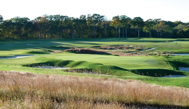 The par-3 15th hole at St. George's