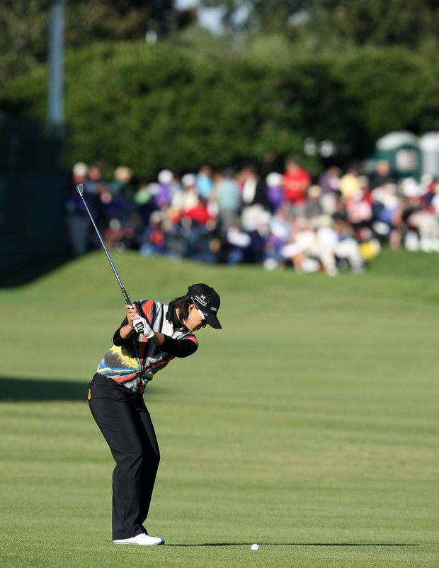 Se Ri Pak hits her second shot at No. 18 during the final round.